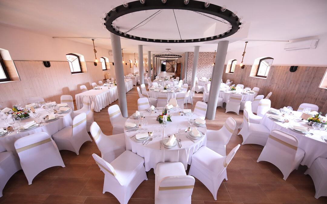 Orsi és Gábor esküvője – Tálszerviz vacsora